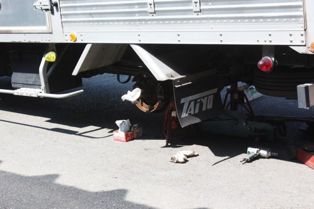 トラックの6ヶ月点検