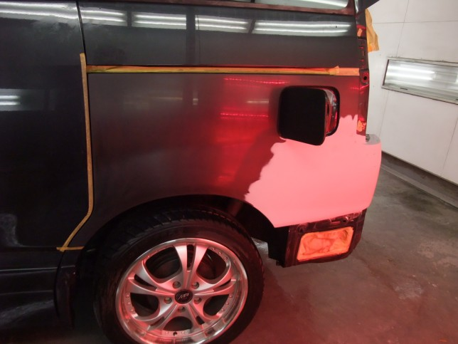 VOXY 鈑金塗装